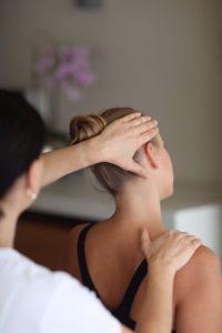 Manuelle Therapie HWS Physiotherapie Muenchen Neuhausen